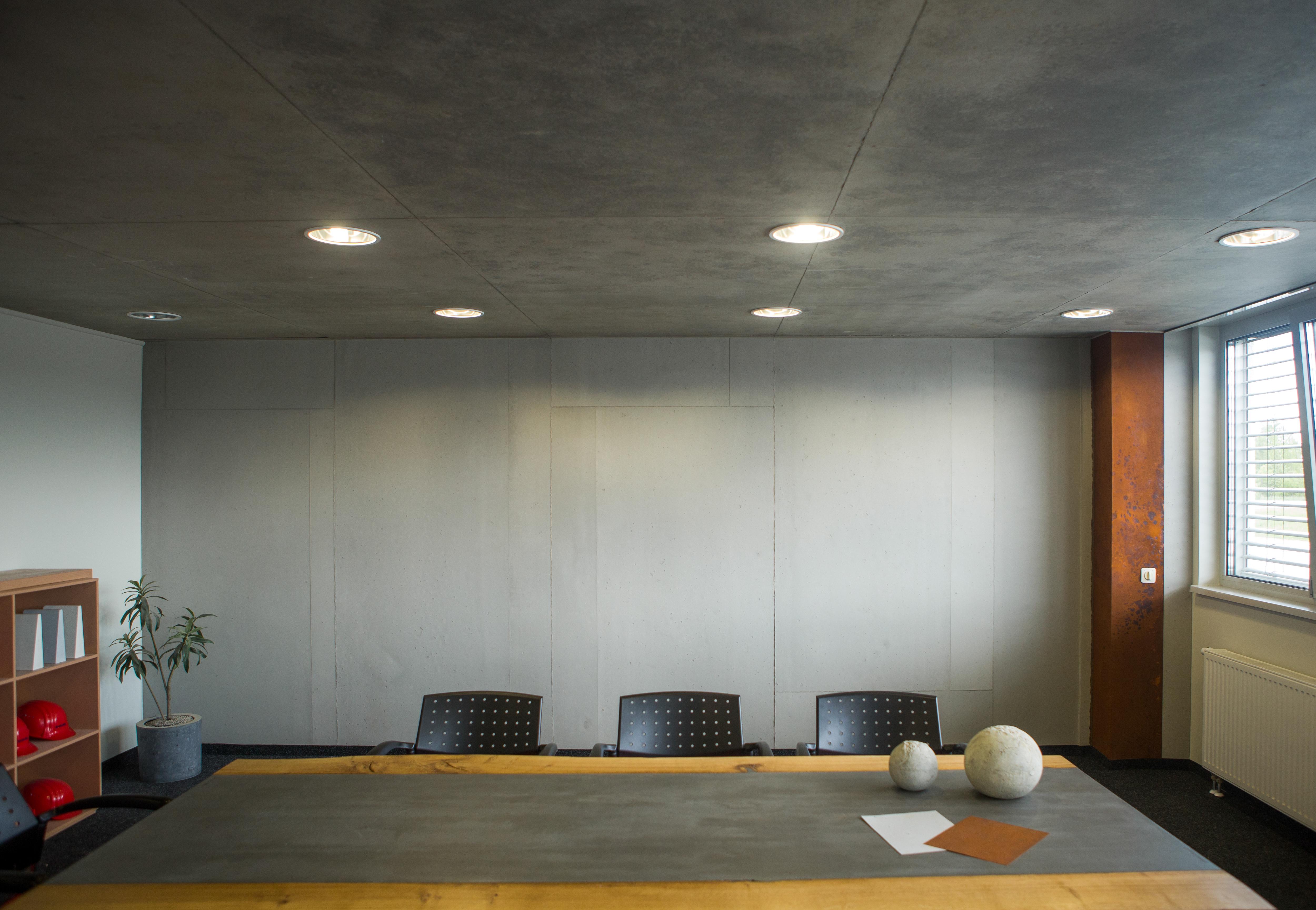 WR Meetingraum Bautzen_Standard Beton und Rost Standard